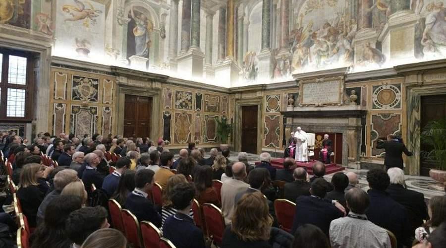 教宗接见公教电影业者:传承这门艺术的人文精神